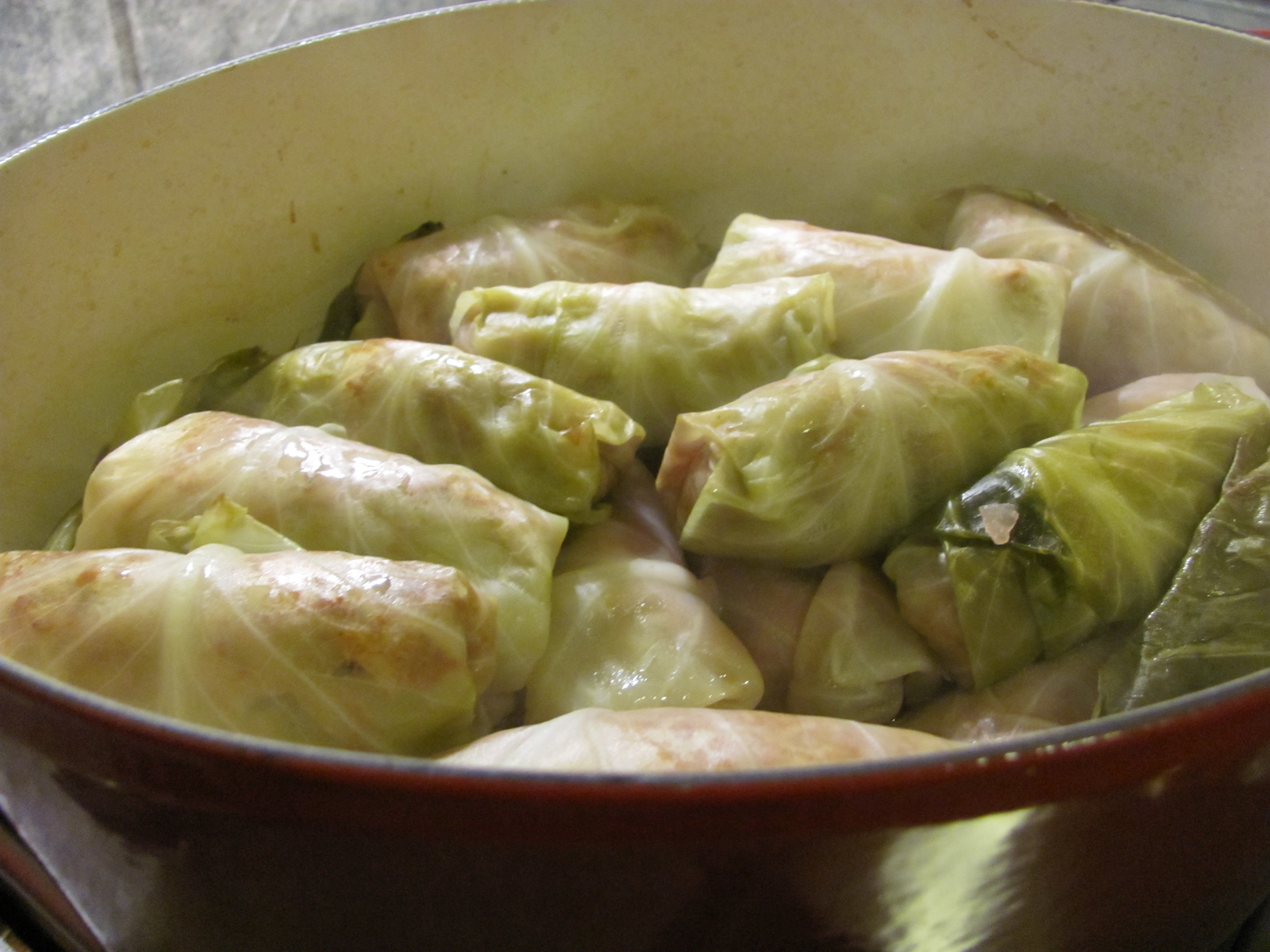 how to cook frozen cabbage rolls in the oven